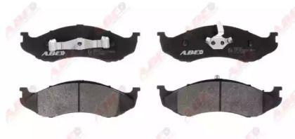 Передние тормозные колодки 'ABE C1Y013ABE'.