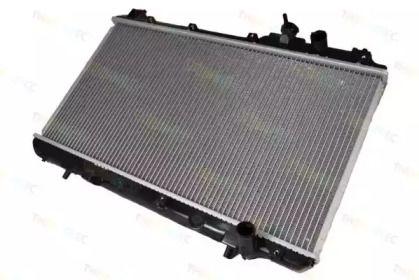 Радиатор охлаждения двигателя на HONDA CR-V 'THERMOTEC D74003TT'.