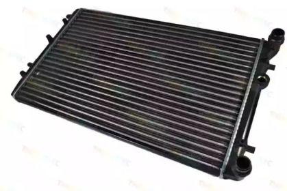 Алюмінієвий радіатор охолодження двигуна на Шкода Румстер 'THERMOTEC D7S002TT'.