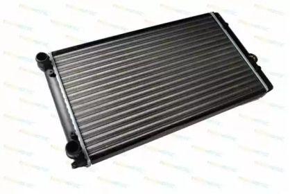 Радиатор охлаждения двигателя 'THERMOTEC D7W023TT'.