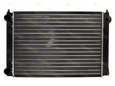 Алюминиевый радиатор охлаждения двигателя 'THERMOTEC D7W044TT'.