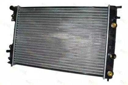 Алюминиевый радиатор охлаждения двигателя 'THERMOTEC D7X034TT'.