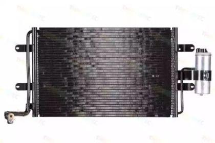 Радиатор кондиционера на Фольксваген Гольф 'THERMOTEC KTT110003'.