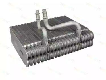 Випарник кондиціонера THERMOTEC KTT150010.