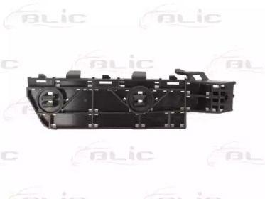 Праве кріплення переднього бампера BLIC 5504-00-2957932P.