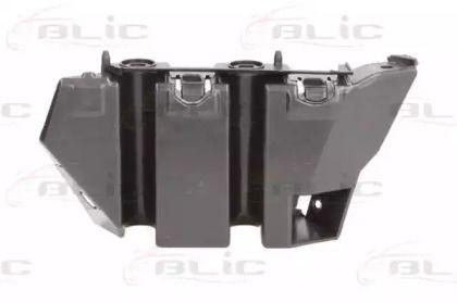 Левое крепление переднего бампера на SEAT LEON 'BLIC 5504-00-6614931P'.
