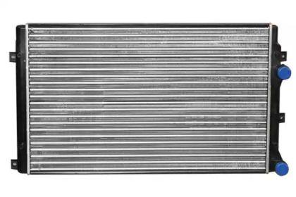 Радиатор охлаждения двигателя на Сеат Альтеа 'ASAM 32197'.