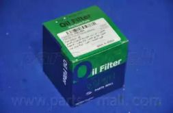 Масляний фільтр 'PARTS-MALL PBC-005'.