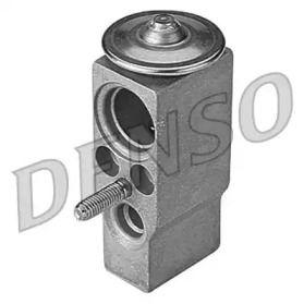 Розширювальний клапан кондиціонера на Mercedes-Benz W210 DENSO DVE17005.