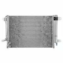 Радиатор кондиционера на Фольксваген Джетта 'DELPHI CF20222'.