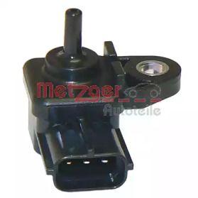 Датчик тиску наддуву на MAZDA PREMACY METZGER 0906055.