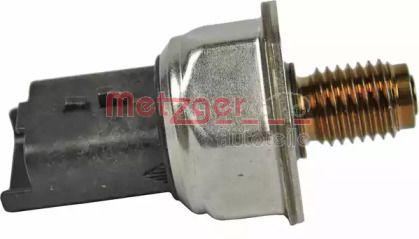 Датчик тиску палива METZGER 0906213.