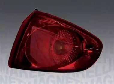 Задний правый фонарь на SEAT ALTEA 'MAGNETI MARELLI 714000162615'.